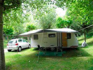 Parcela caravana del Camping